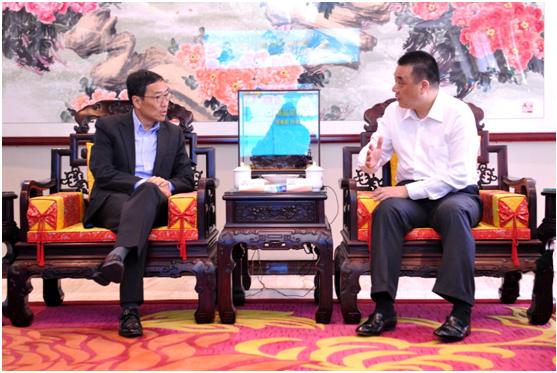 香港科技园CEO黄克强赴深与康美药业董事长马兴田会谈合作